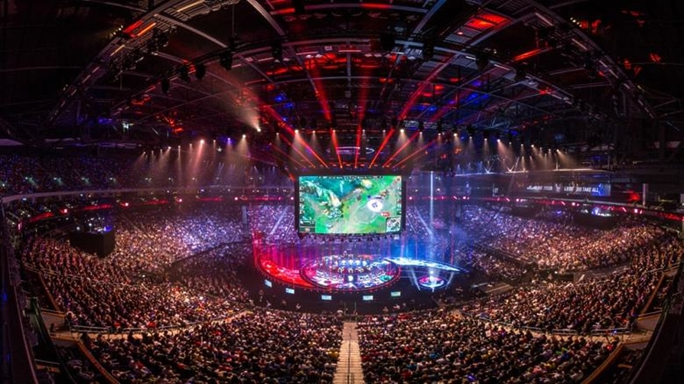 A world of video gaming: what you need to know about eSports 4