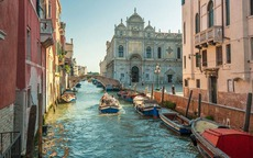Top 6 Things to Do In Venice, Italy article cover