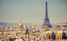 Top 5 amazing things to do in Paris article cover